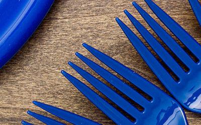Plastový riad – jednorazové riešenie!
